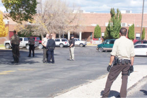 news-mhs-bomb-threat-officers-lc