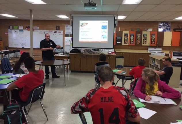 Moroni Feed representative and Mayor Luke Freeman presented North Sanpete Middle School students a crash course in food safety before the Thanksgiving break. - Daniela Vazquez / Messenger photo